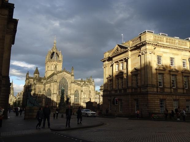 St Giles cloud and sun